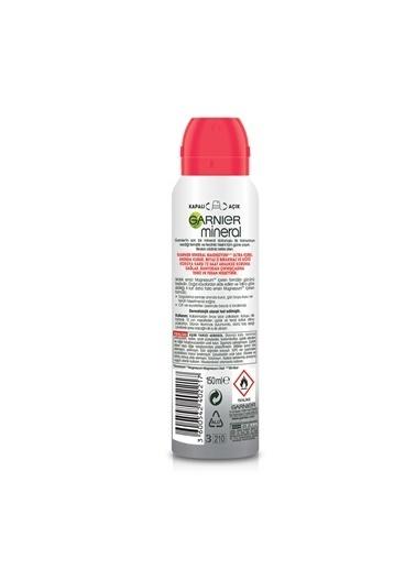 Garnier Garnier Mineral Magnezyum Ultra Kuru Renksiz Kadın Sprey Deodorant 150 Ml Renksiz